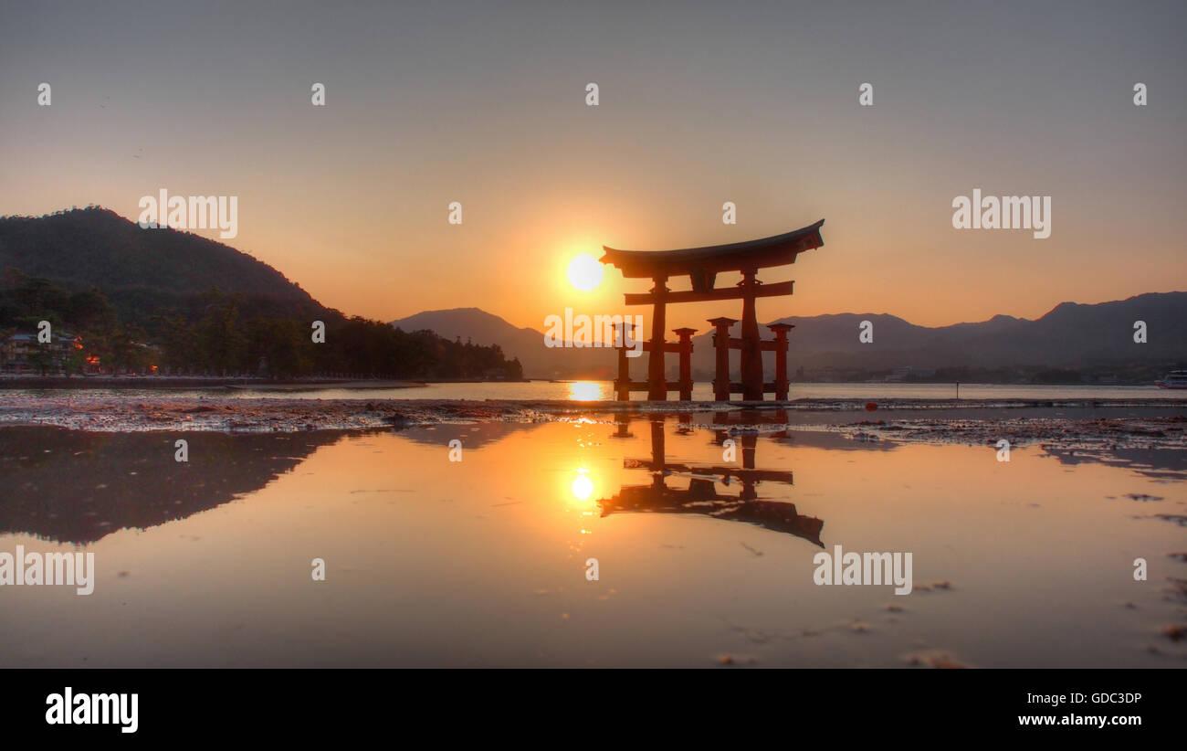 Miyajima,Japan,Misen,Akinado,Seto,lake,Torii,Itsukushima,shrine,water,sundown,scenery,landscape, - Stock Image