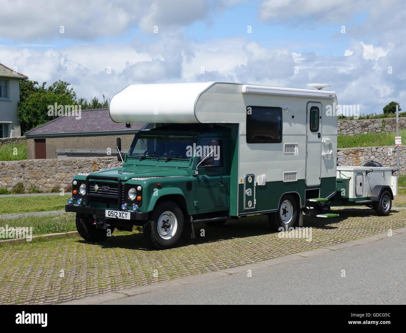A Landrover Caravan Stock Photo 111528856 Alamy