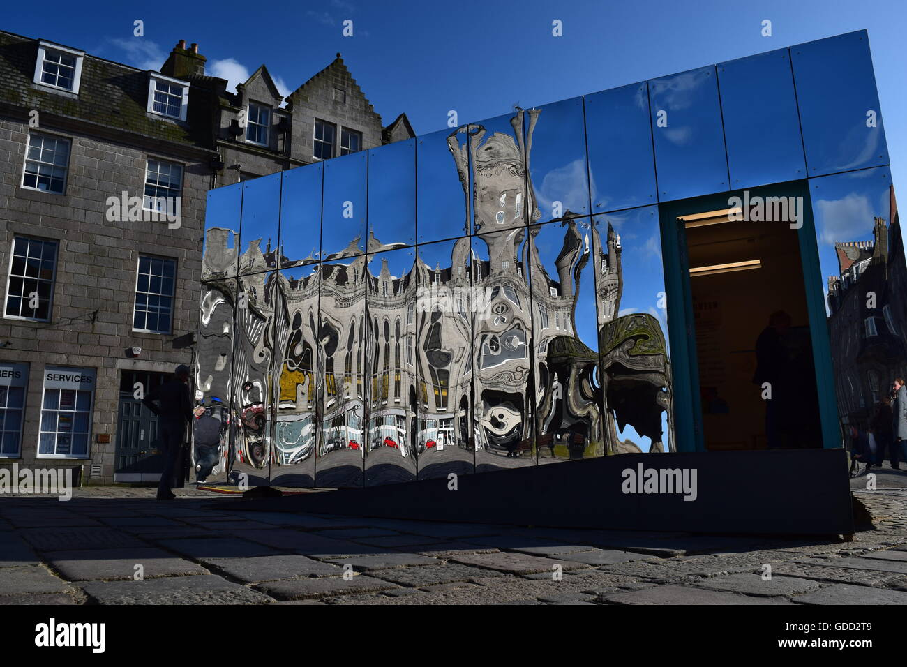 Mirrored Pavilion Castlegate Aberdeen.  Part of the Look Again Festival, a visual art and design festival in April/May - Stock Image