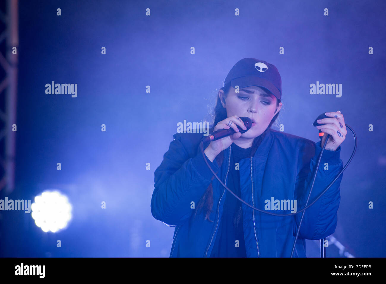 Singer Miriam Bryant performing in Norrköping, Sweden - Stock Image