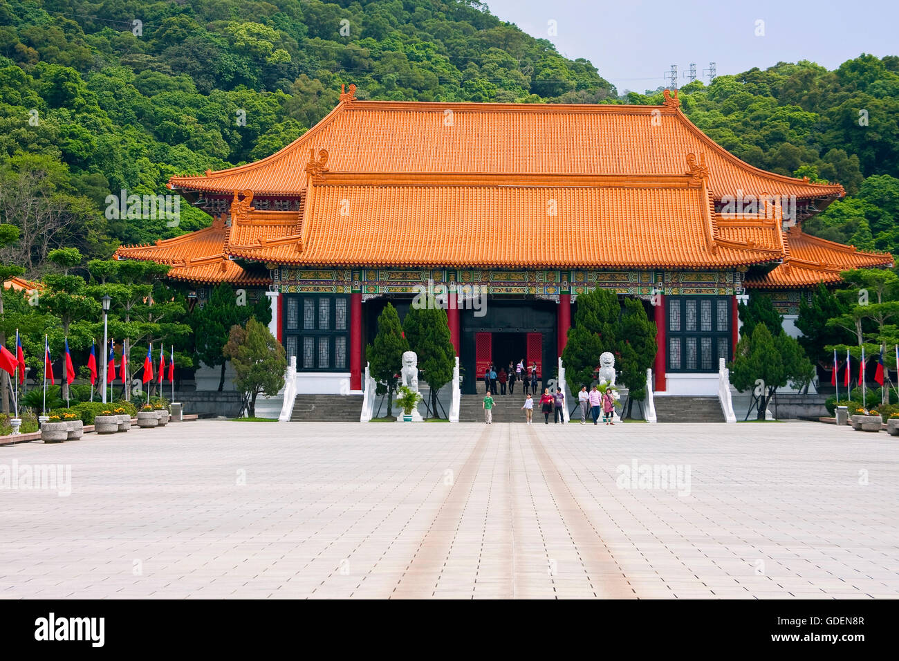 Temple at memorial monument, Taipeh, Taiwan - Stock Image