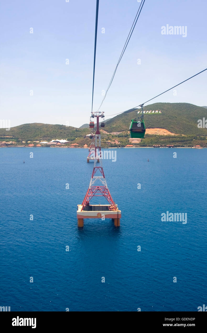 Cable car to Vinpearl island, Nha Trang, Vietnam - Stock Image