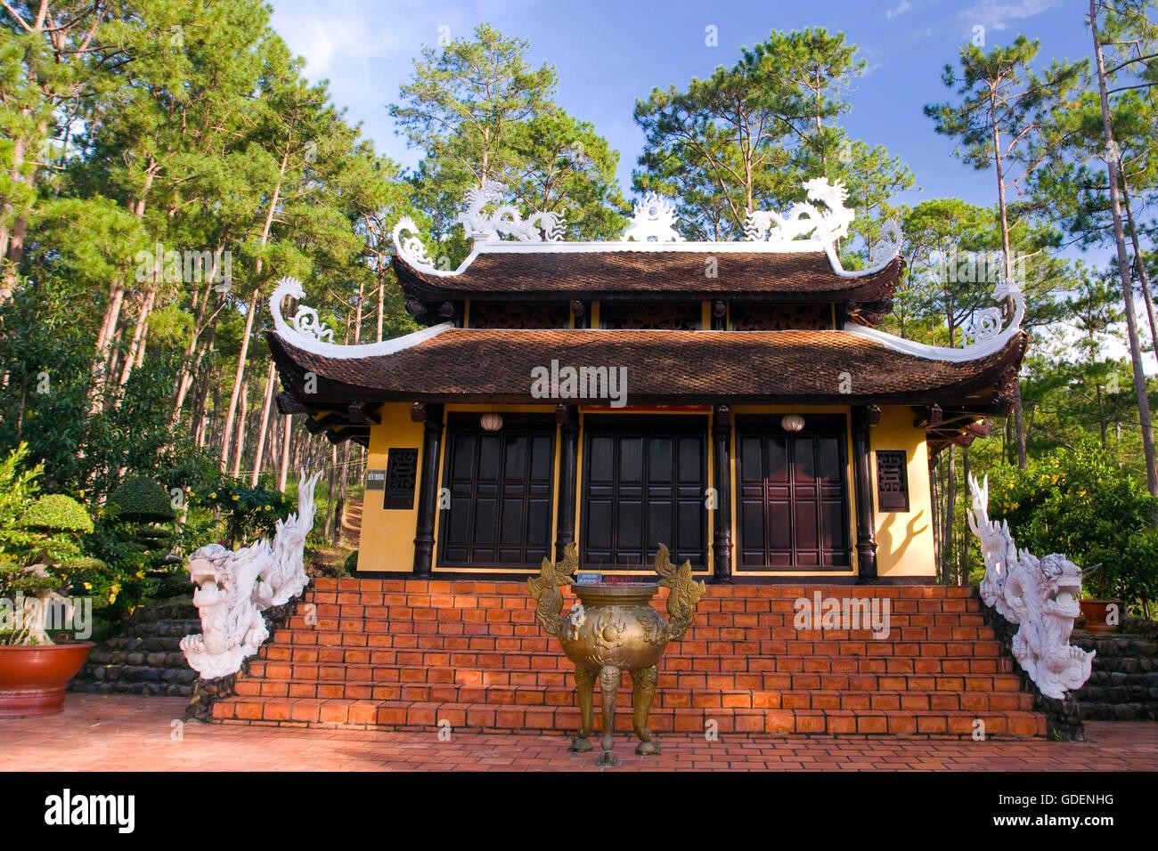 Truc lam Pagoda, central highland, Dalat, Vietnam - Stock Image