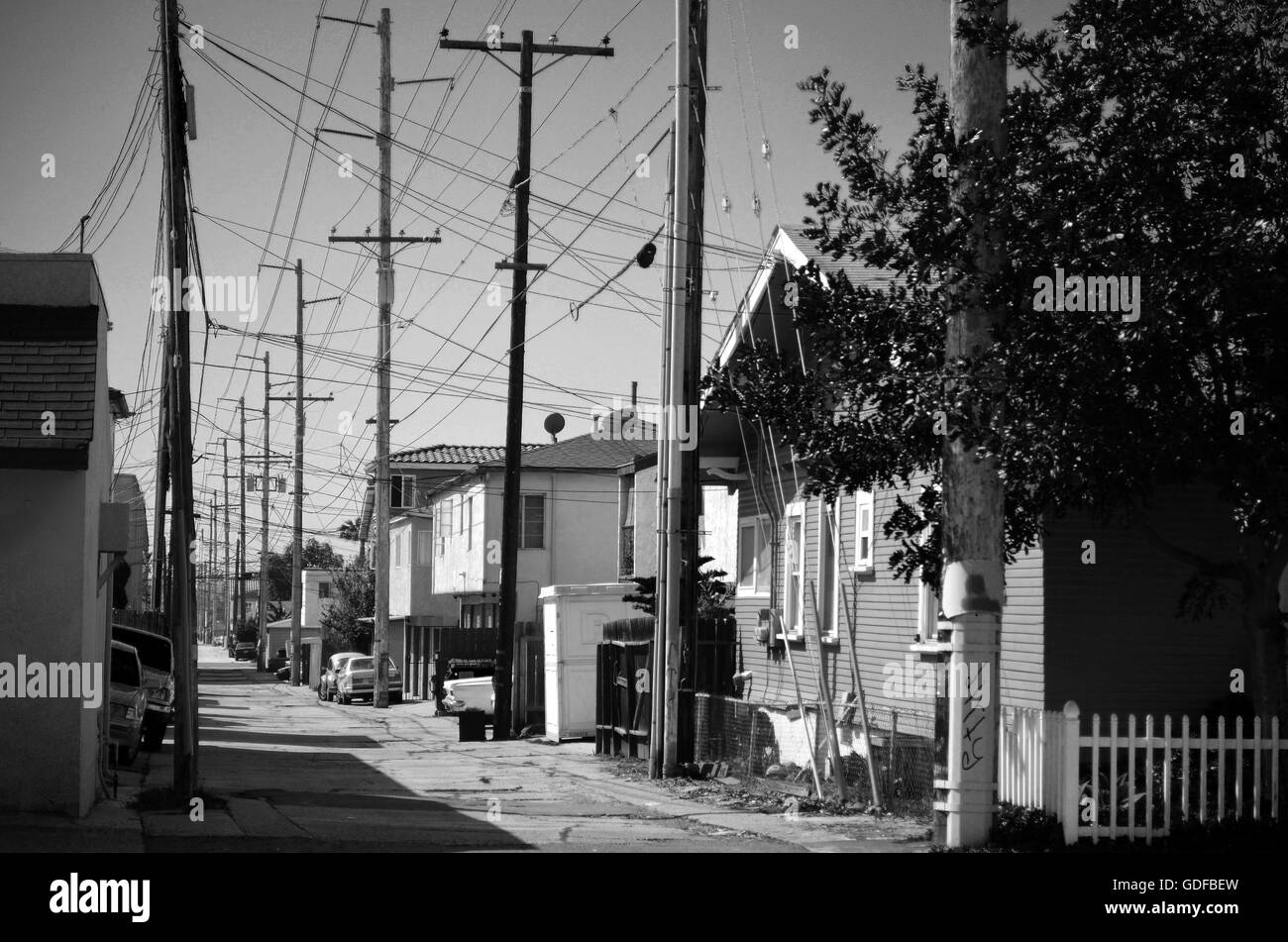 Alley Wires Telephone Lines Stock Photos & Alley Wires Telephone ...