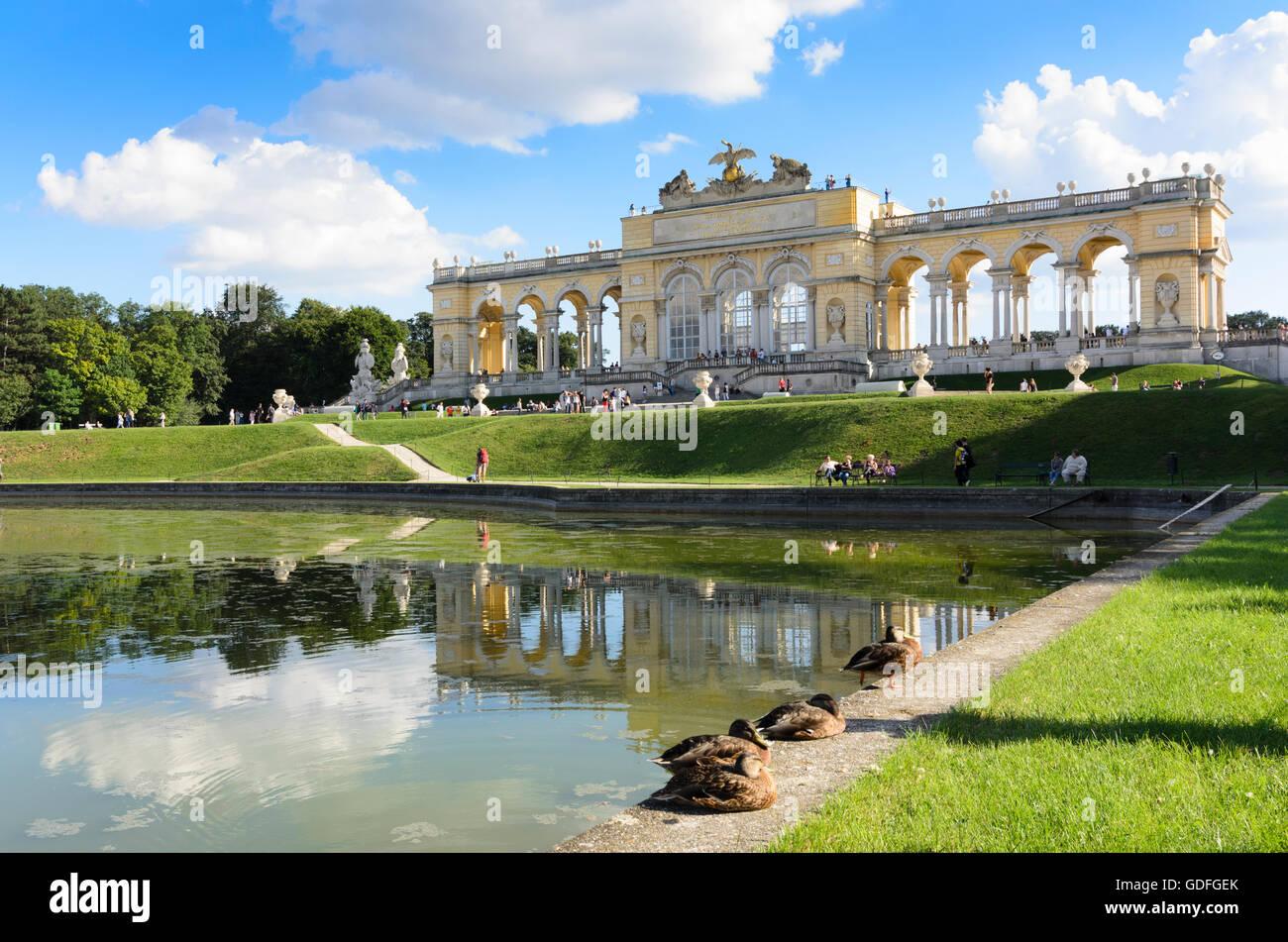 Wien, Vienna: Gloriette in Schönbrunn Palace, Austria, Wien, 13. - Stock Image