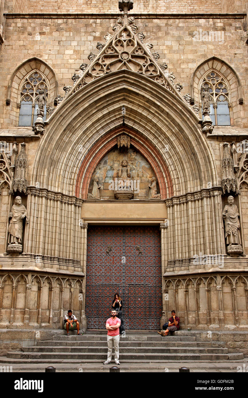 One of the gates of Santa Maria del Mar, Barcelona, Catalonia, Spain - Stock Image
