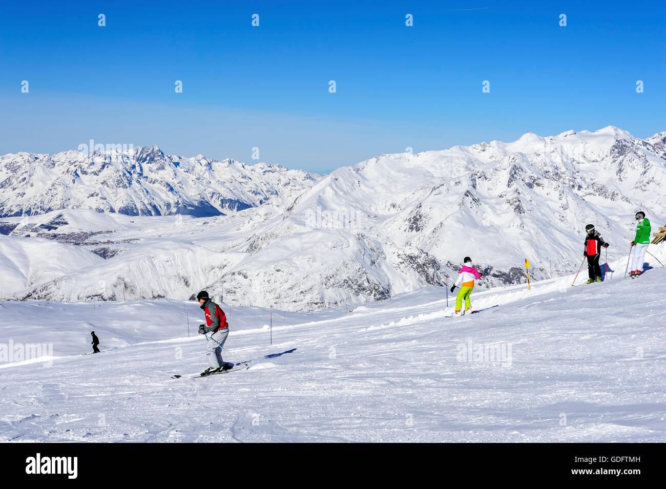 People skiing, ski resort 'Les Deux Alpes', Alps, France - Stock Image