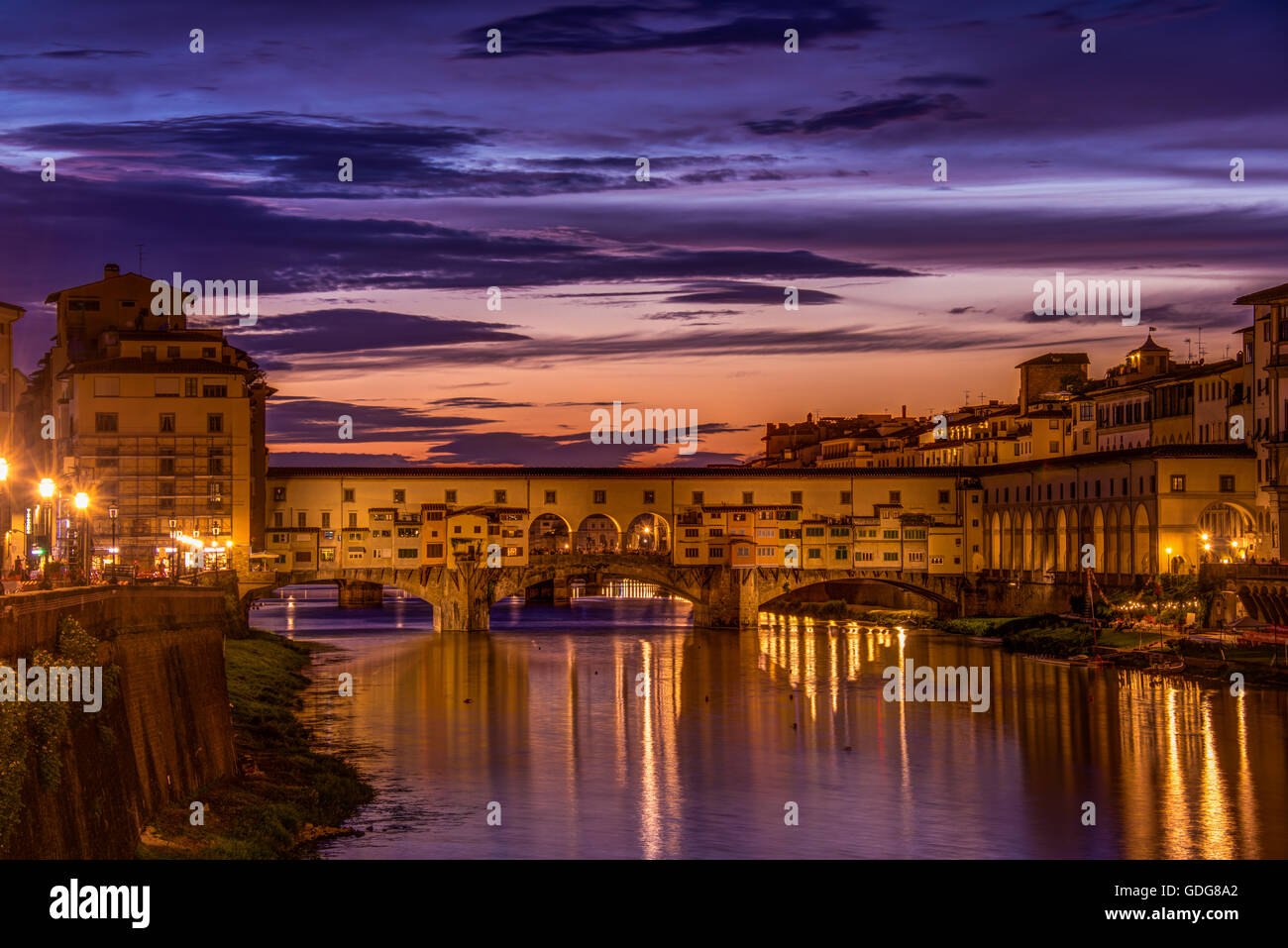 Ponte Vecchio (the 'old bridge') from the Ponte alle Grazie, Florence (Firenze), Italy - Stock Image