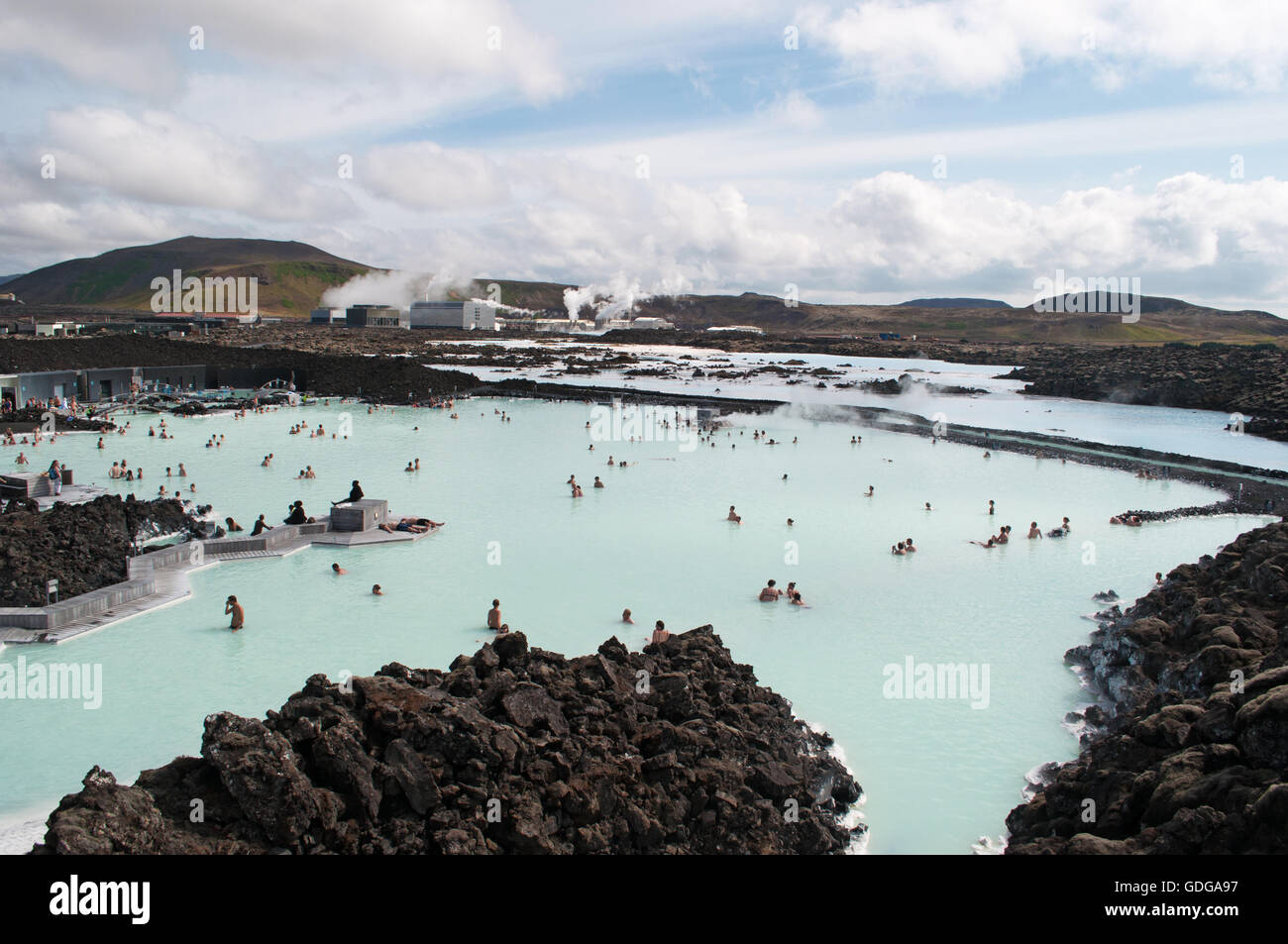 Iceland view of the blue lagoon a geothermal spa located for Where is the blue lagoon located in iceland