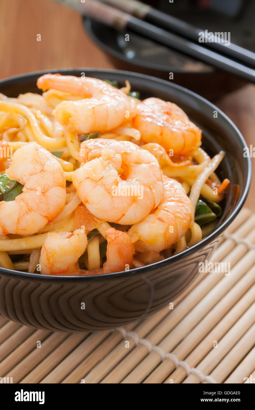Prawn Chow Mein stir fried prawns with egg noodles and bean sprouts - Stock Image
