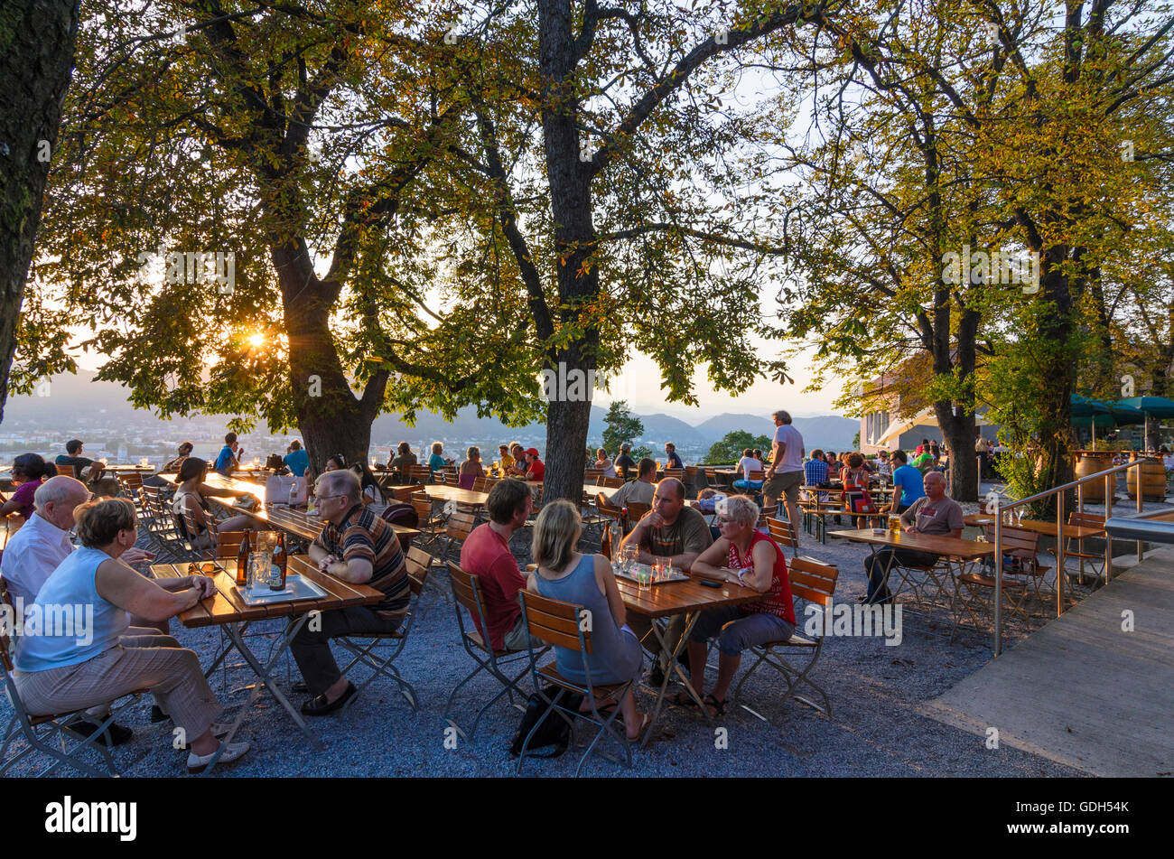 Graz: Beer garden on the castle hill at sunset, Austria, Steiermark, Styria, Region Graz - Stock Image