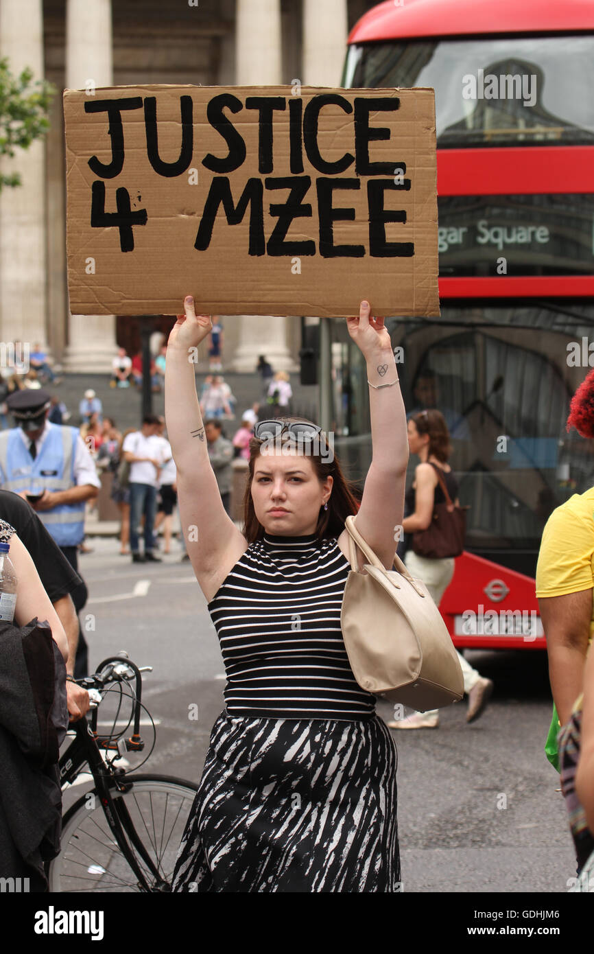 London, UK. 17th July, 2016: Black Lives Matter protesters took to Oxford Street for a solidarity march for Mzee - Stock Image