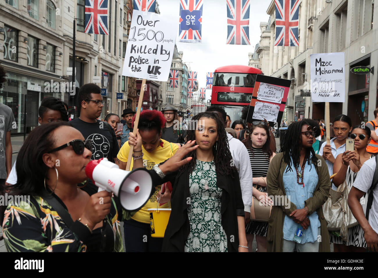 London, UK. 17th July, 2016. A family friend Ava Morgan (L) and supporters march from oxford circus to the offices - Stock Image