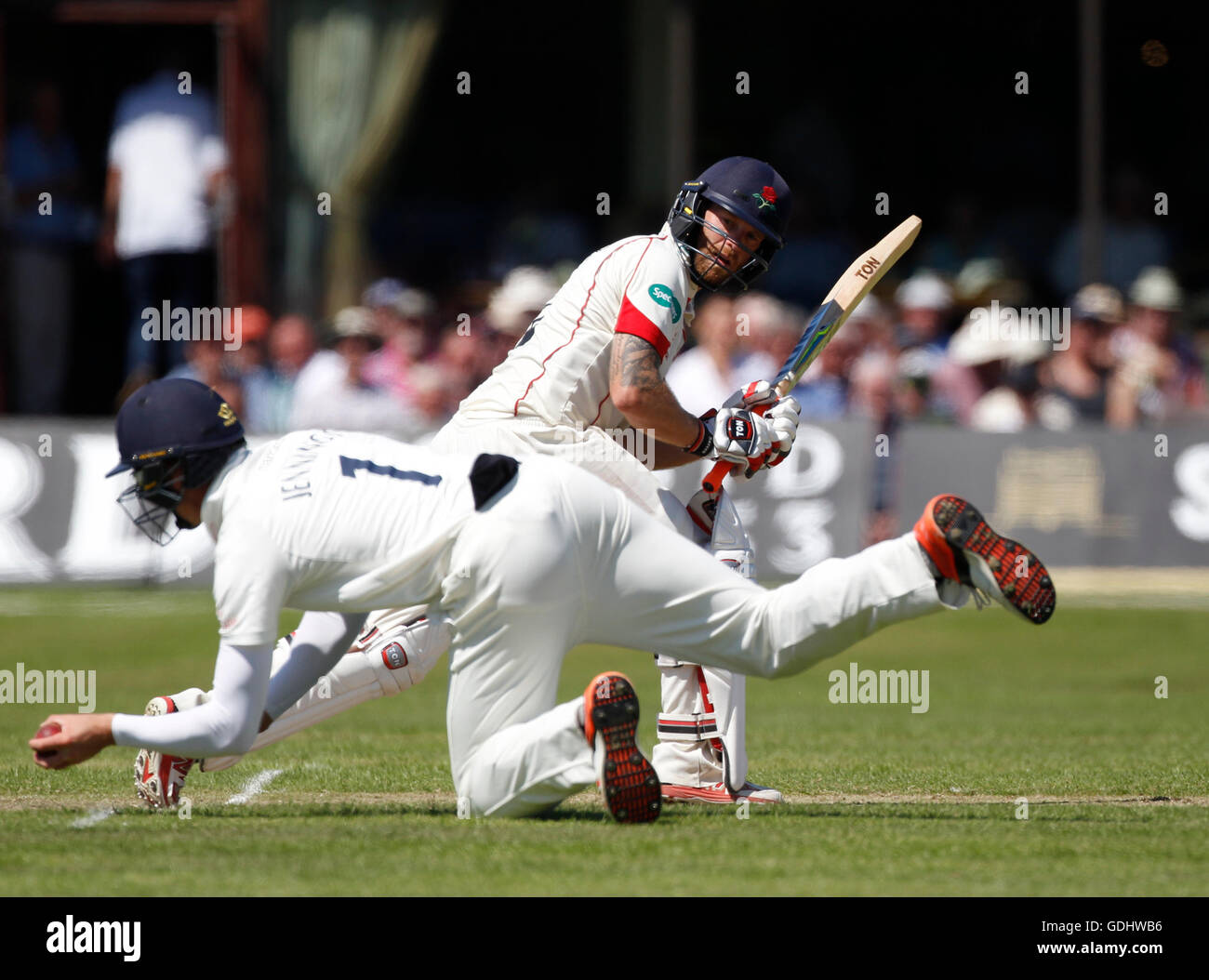 18.07.2016. Southport and Birkdale Cricket Club, Southport, England. Specsavers County Championship Cricket. Lancashire - Stock Image