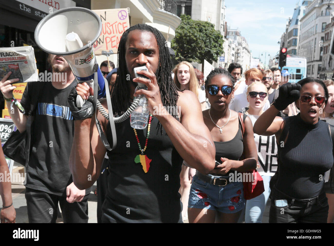 London, UK. 18th July, 2016. Demonstrators in central London protest the shooting of African Americans and deaths - Stock Image