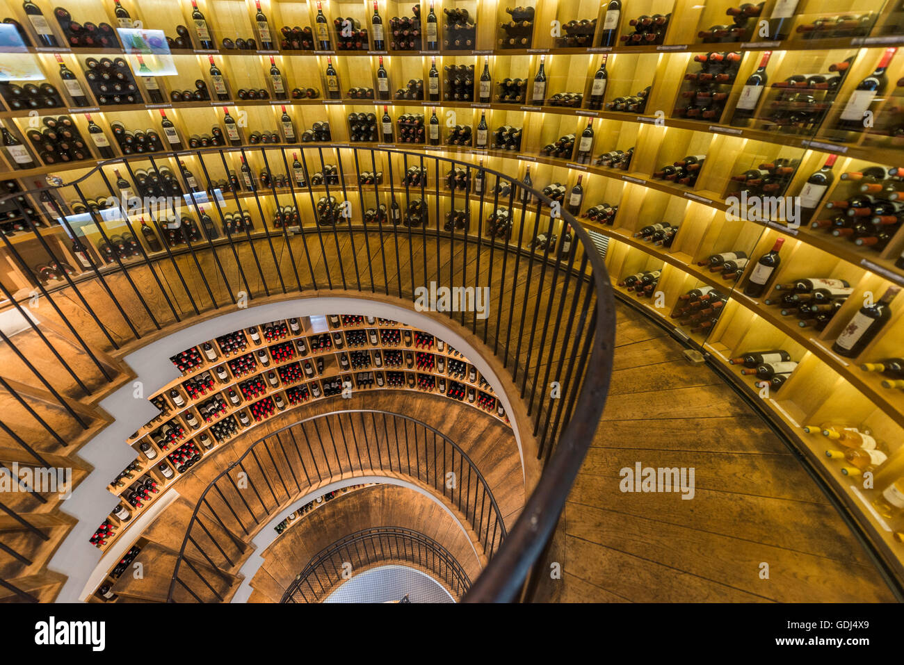 wine retailer L'Intendant at Bordeaux Stock Photo