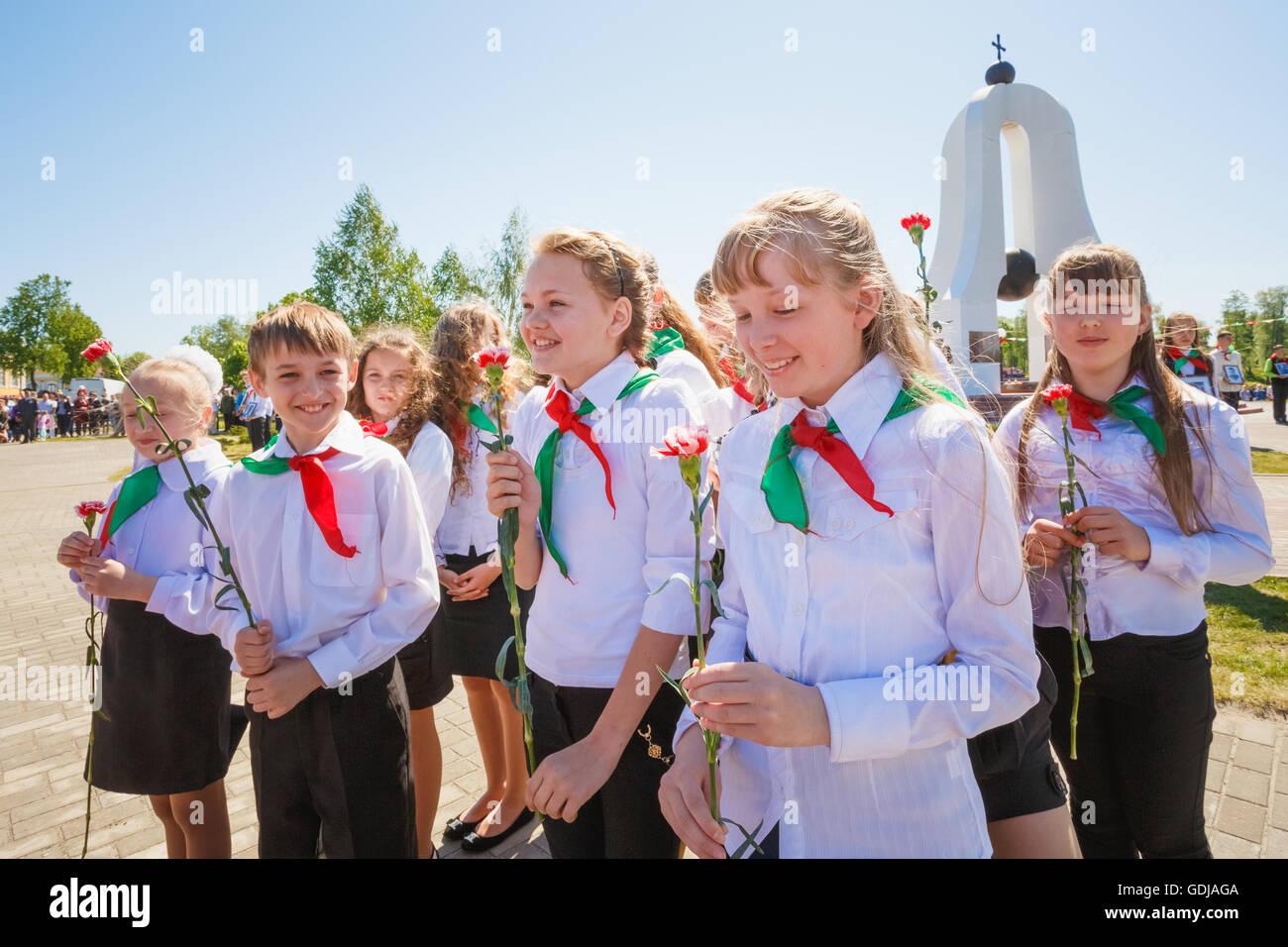 Dobrush (Gomel region), BELARUS - MAY 9, 2014: Reaction of the Unidentified Belarusian schoolchildren to sounds - Stock Image