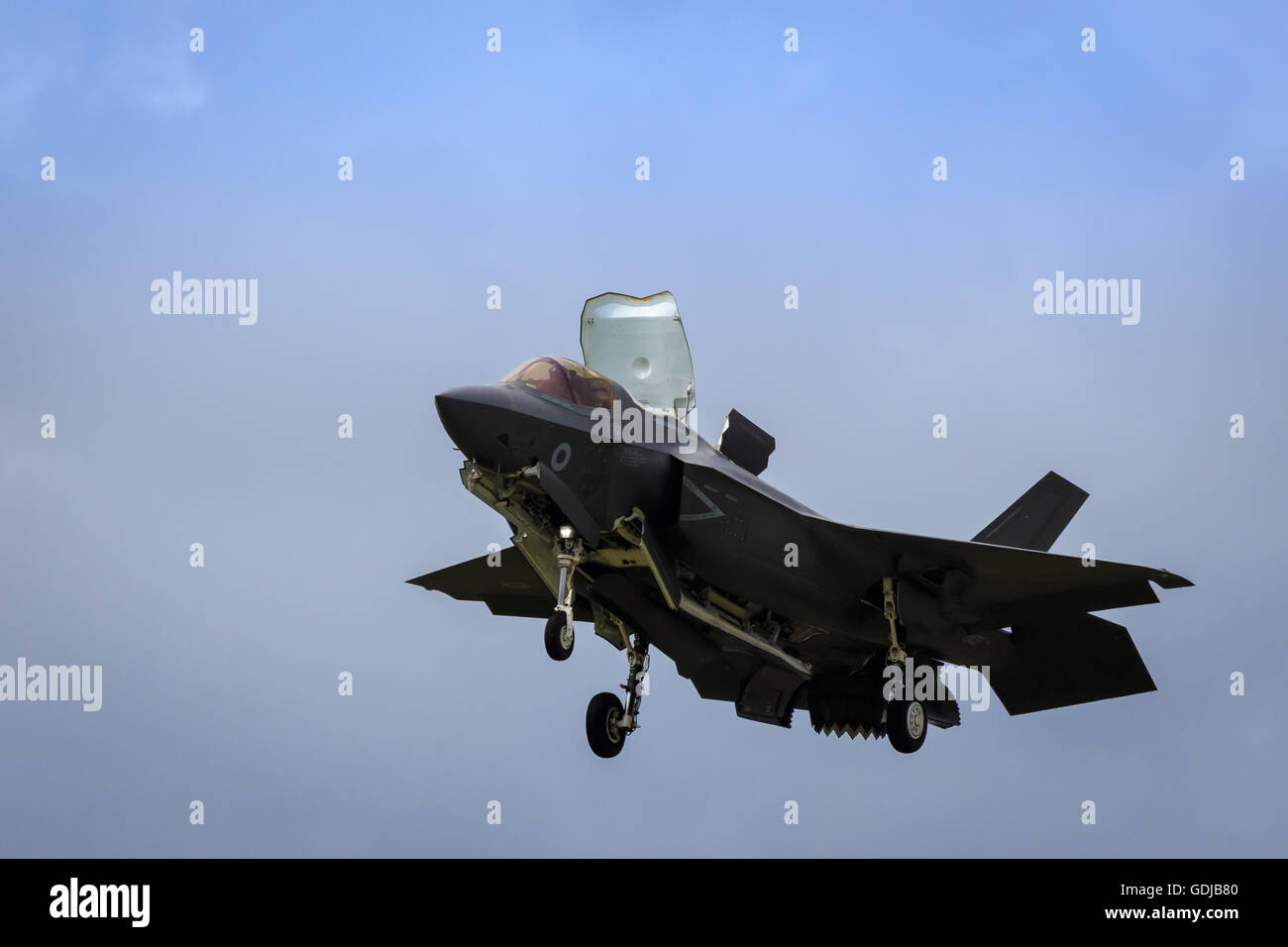 F35 Joint Strike Fighter in hover supersonic ]STOVL stealth jet - Stock Image