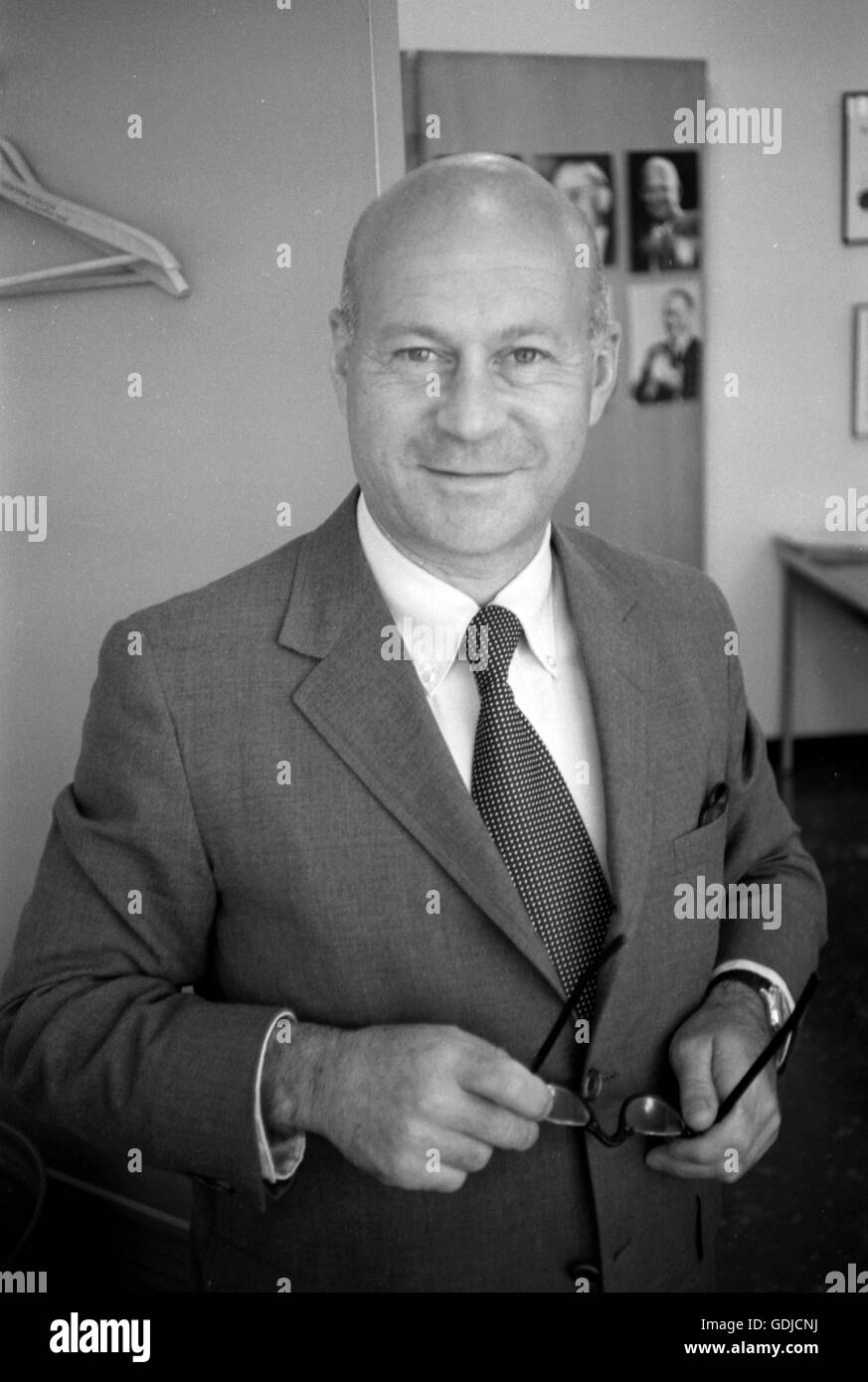 Photographer Arthur Rothstein, approximately 1968, in the offices of LOOK Magazine. This candid shot was taken when - Stock Image