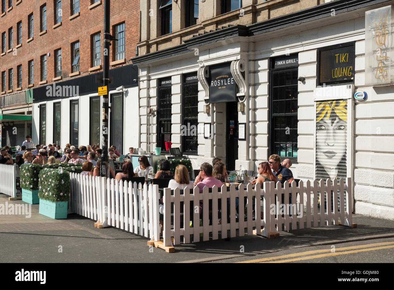 People Sit Outside Enjoying The Beer Garden Of Rosylee Bar And Stock Photo:  111663776   Alamy
