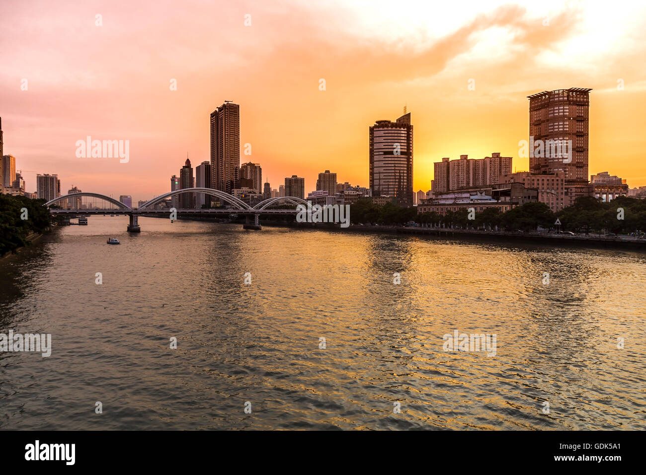 Sunset on the Pearl River, Guangzhou - Stock Image