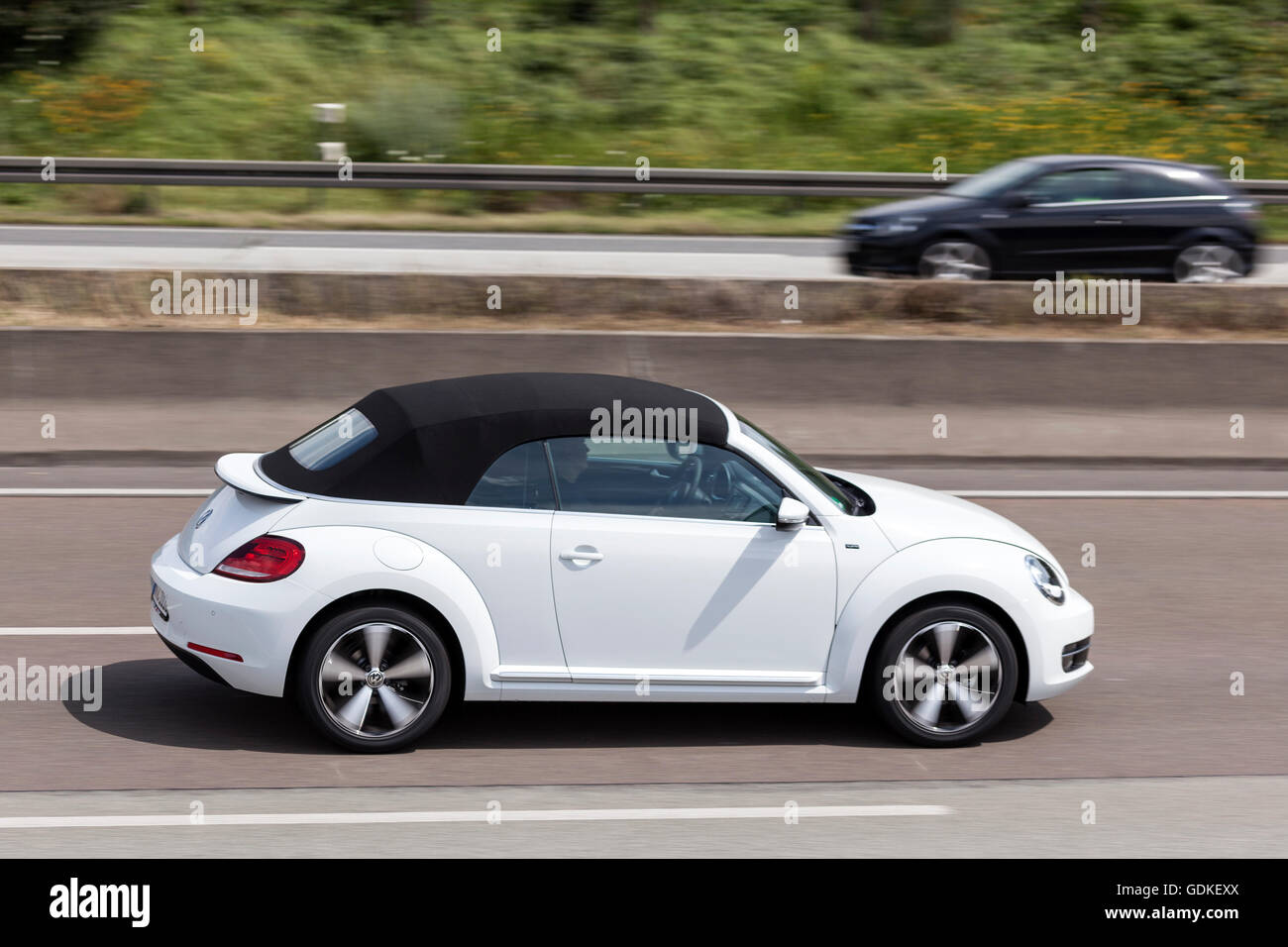 White Volkswagen Beetle Convertible High Resolution Stock Photography And Images Alamy