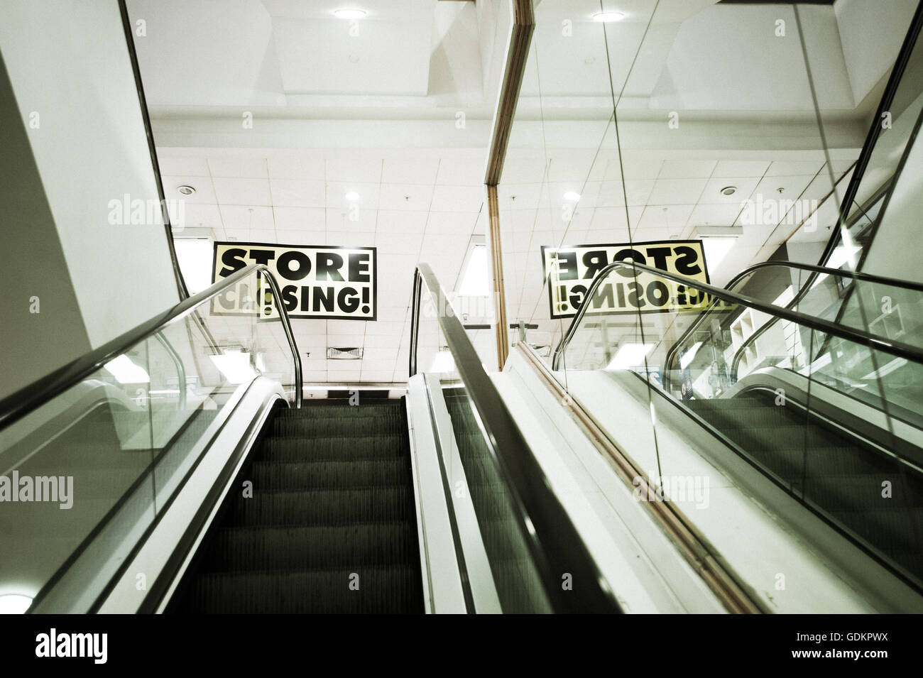 Store Closing - Stock Image