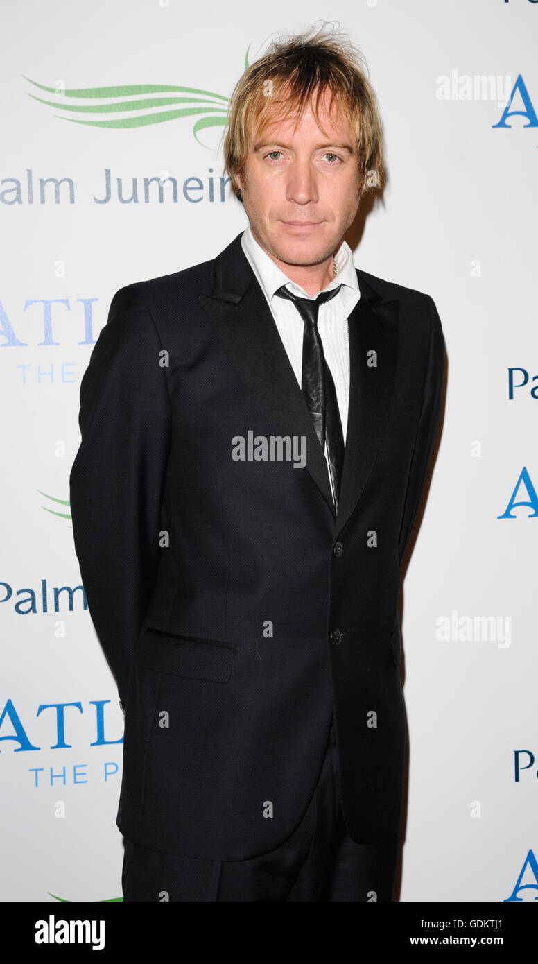 Rhys Ifans on the red carpet at the opening of Atlantis, Palm Jumeirah, Dubai, UAE. - Stock Image