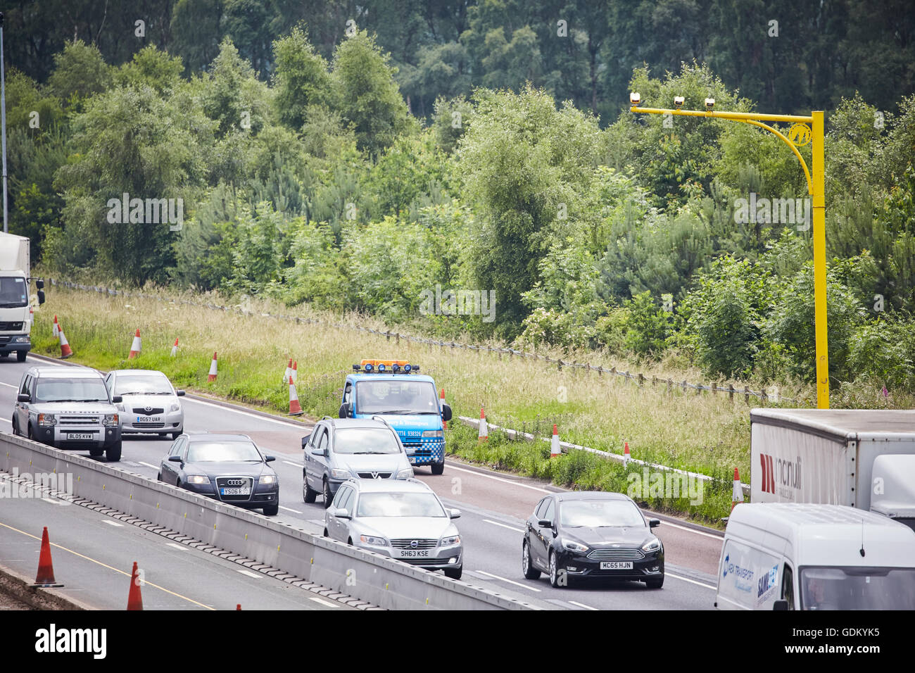 M6 Motorway    VECTOR from the family of SPECS average speed camera systems utilise state of the art video system - Stock Image