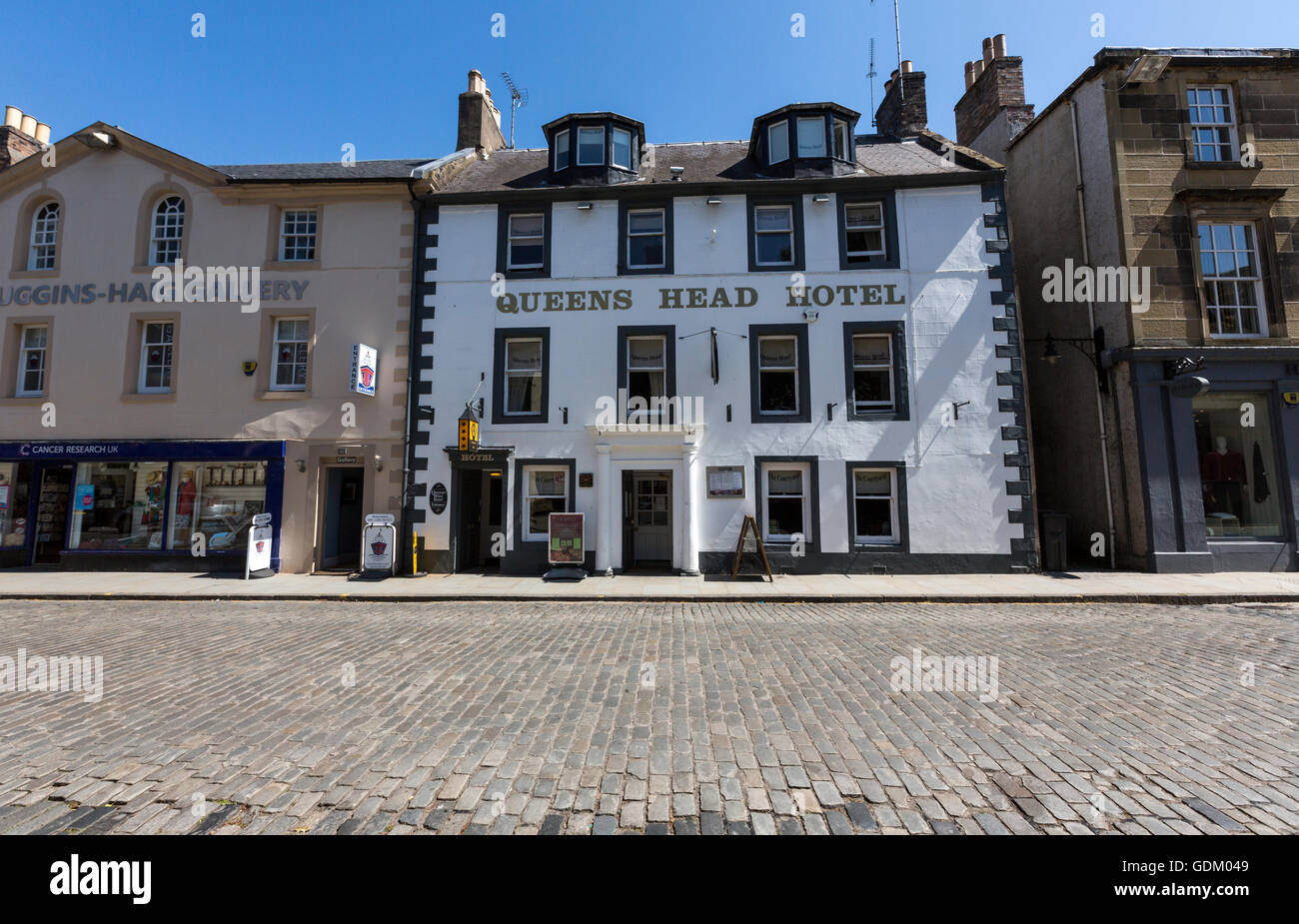 Queens Head Hotel in Kelso, Scottish Borders, Scotland, UK - Stock Image