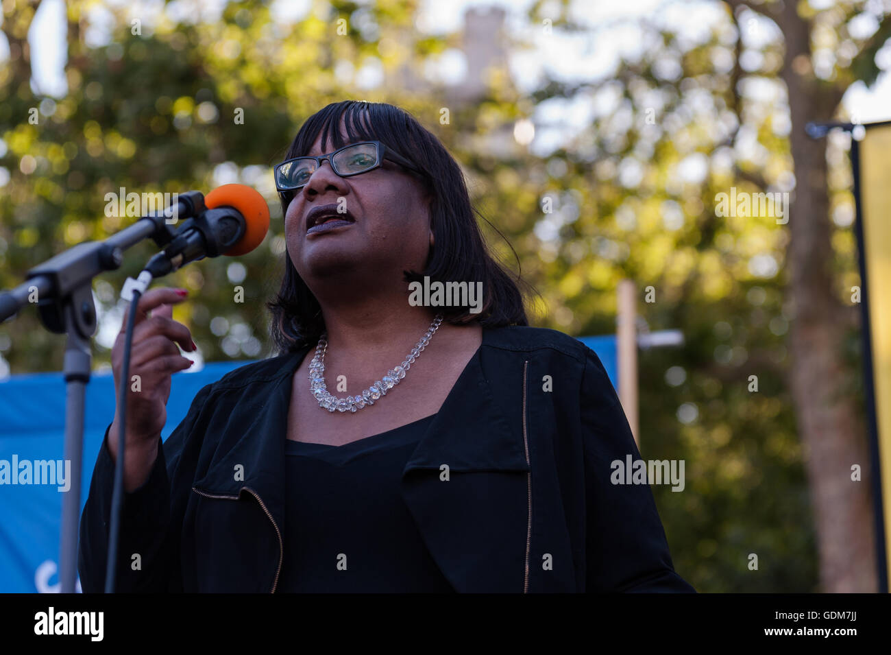 London, UK. 18th July 2016. Diane Abbott, the Shadow Health Secretary makes a speech at anti-nuclear protest against - Stock Image