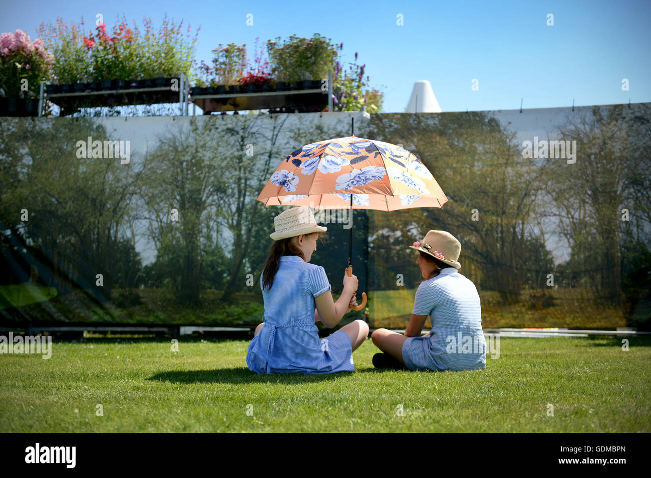 Pictures by Howard Walker. 07970 809718. 19th July 2016. Tatton RHS Flower Show / Weather Pictures Picture shows - Stock Image