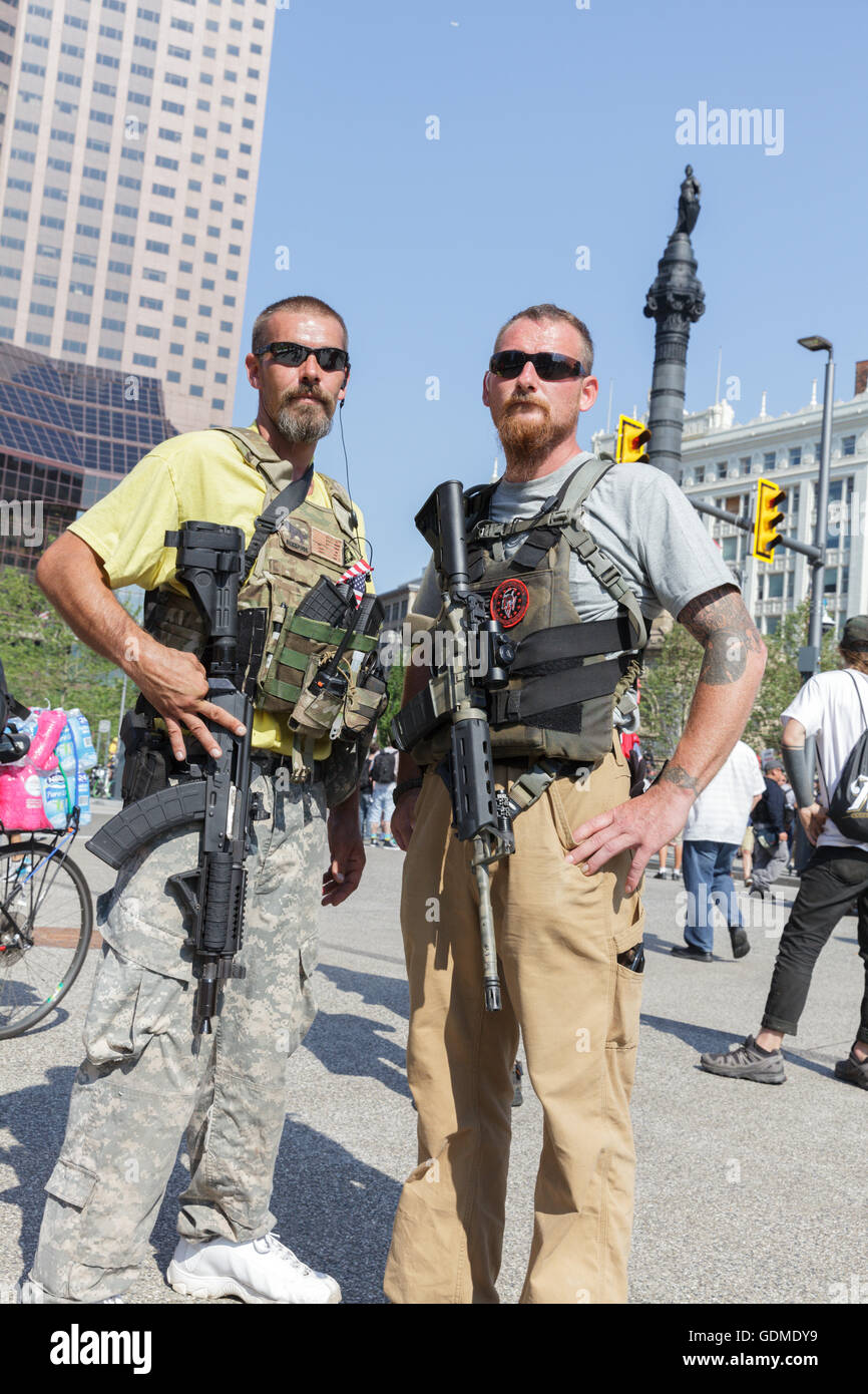 Cleveland, Ohio, USA  19th July, 2016  Open carry members of