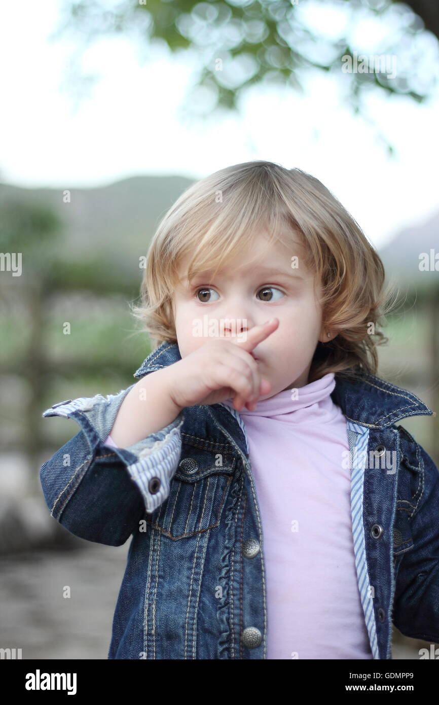 shhh kid stock photos amp shhh kid stock images alamy
