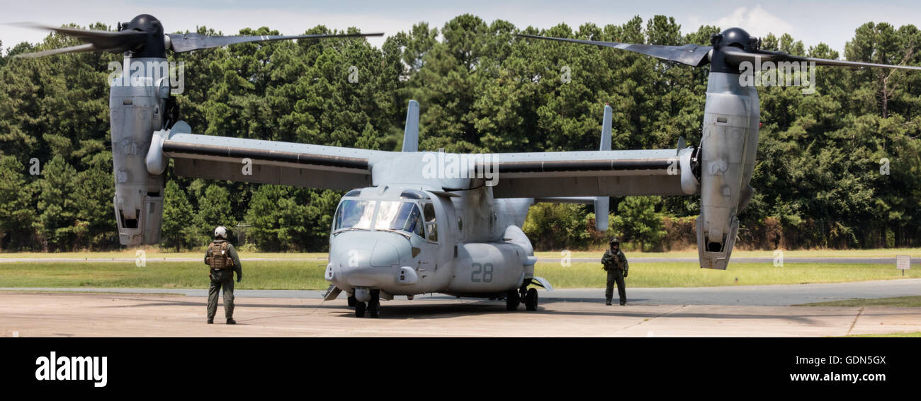 V-22 Osprey V/STOL aircraft taxiing prior to take off at Horace Williams Airport,   Chapel Hill, NC USA - Stock Image