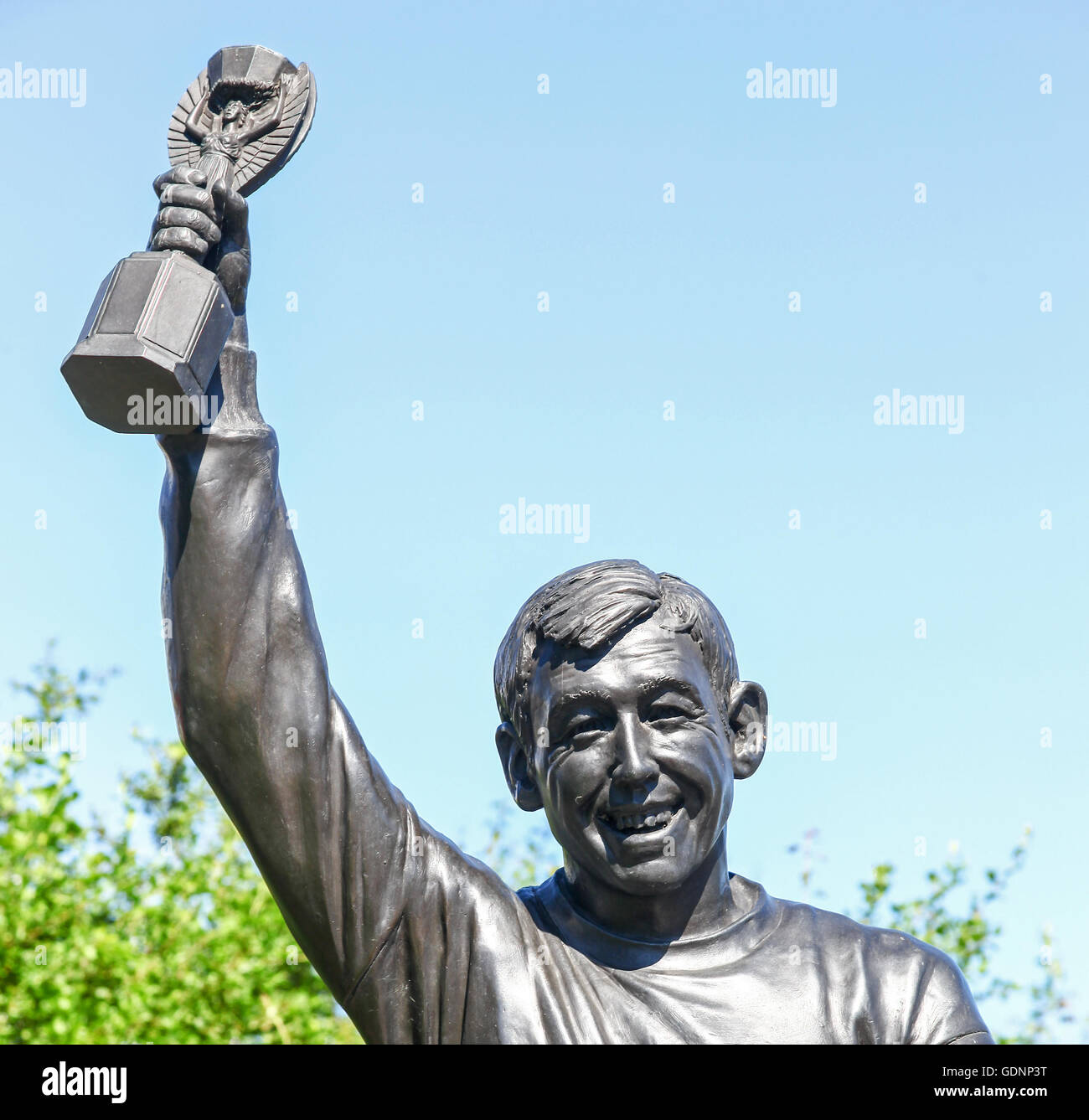 Statue of World Cup winner Gordon Banks outside the Stoke City bet365 stadium or ground Stoke-on-Trent Staffordshire - Stock Image