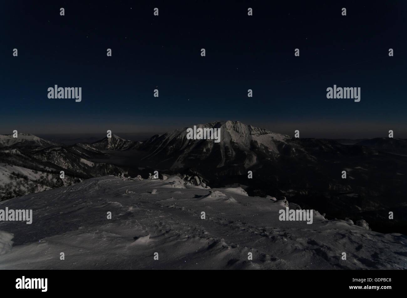 Mitterbach am Erlaufsee: view from mount Gemeindealpe at summits Kleinen Ötscher and Ötscher (center), - Stock Image