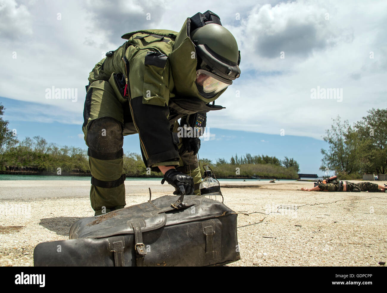 6aaff933ac May 18, 2016 - An Explosive Ordnance Disposal (EOD) technician inspects a  simulated