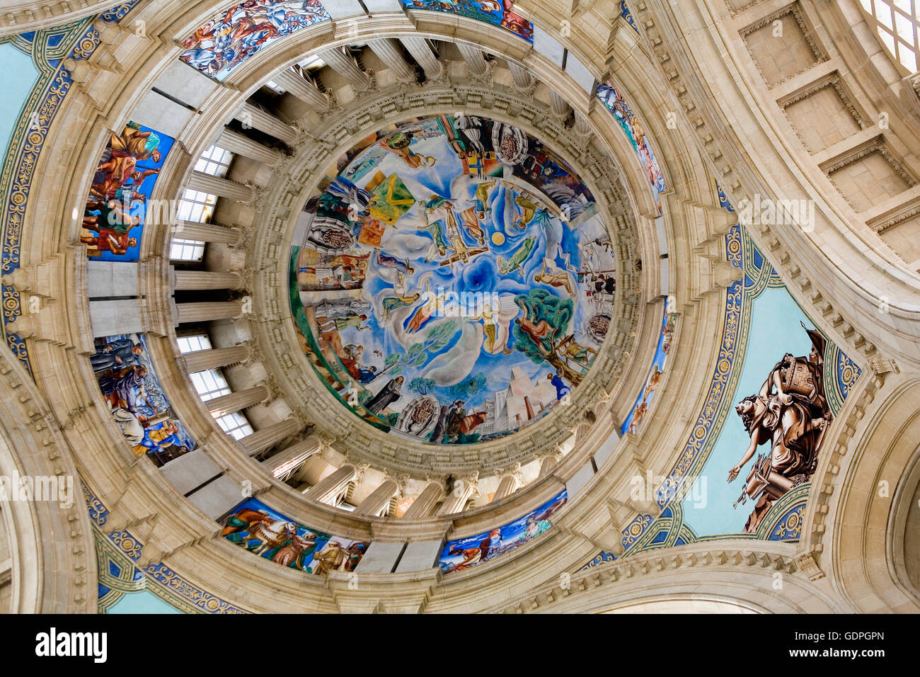 Barcelona: Dome in MNAC (National Art Museum of Catalonia). Montjuic - Stock Image