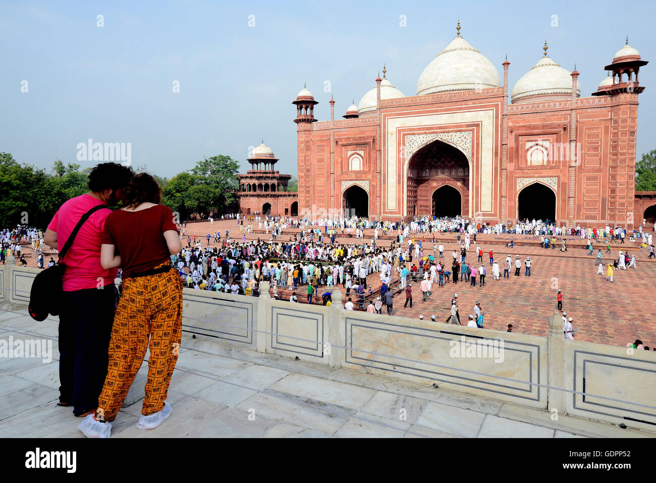 Eid-ul-fitr prayers congregation at the Taj Mahal mosque, Agra, UP, India - Stock Image