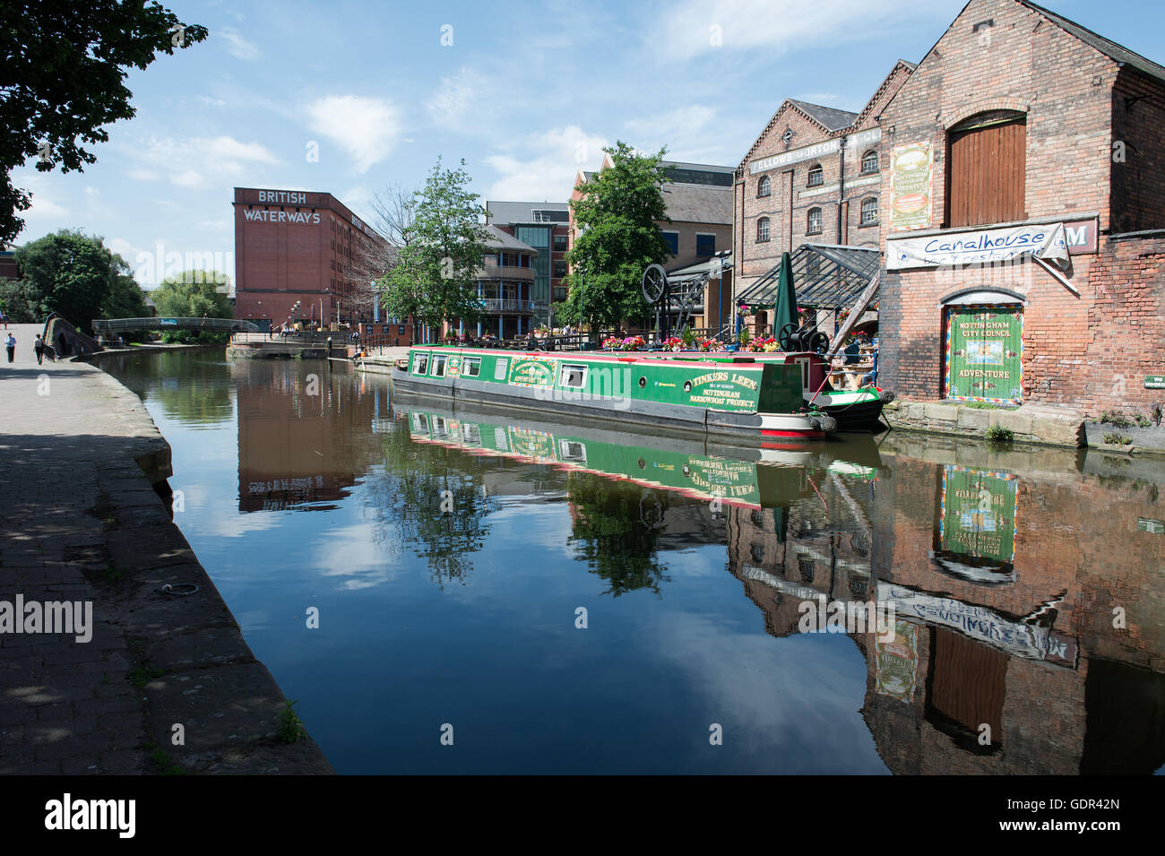 Narrowboat on the Nottingham Canal moored at Castle Wharf with British Waterways building in the background - Stock Image