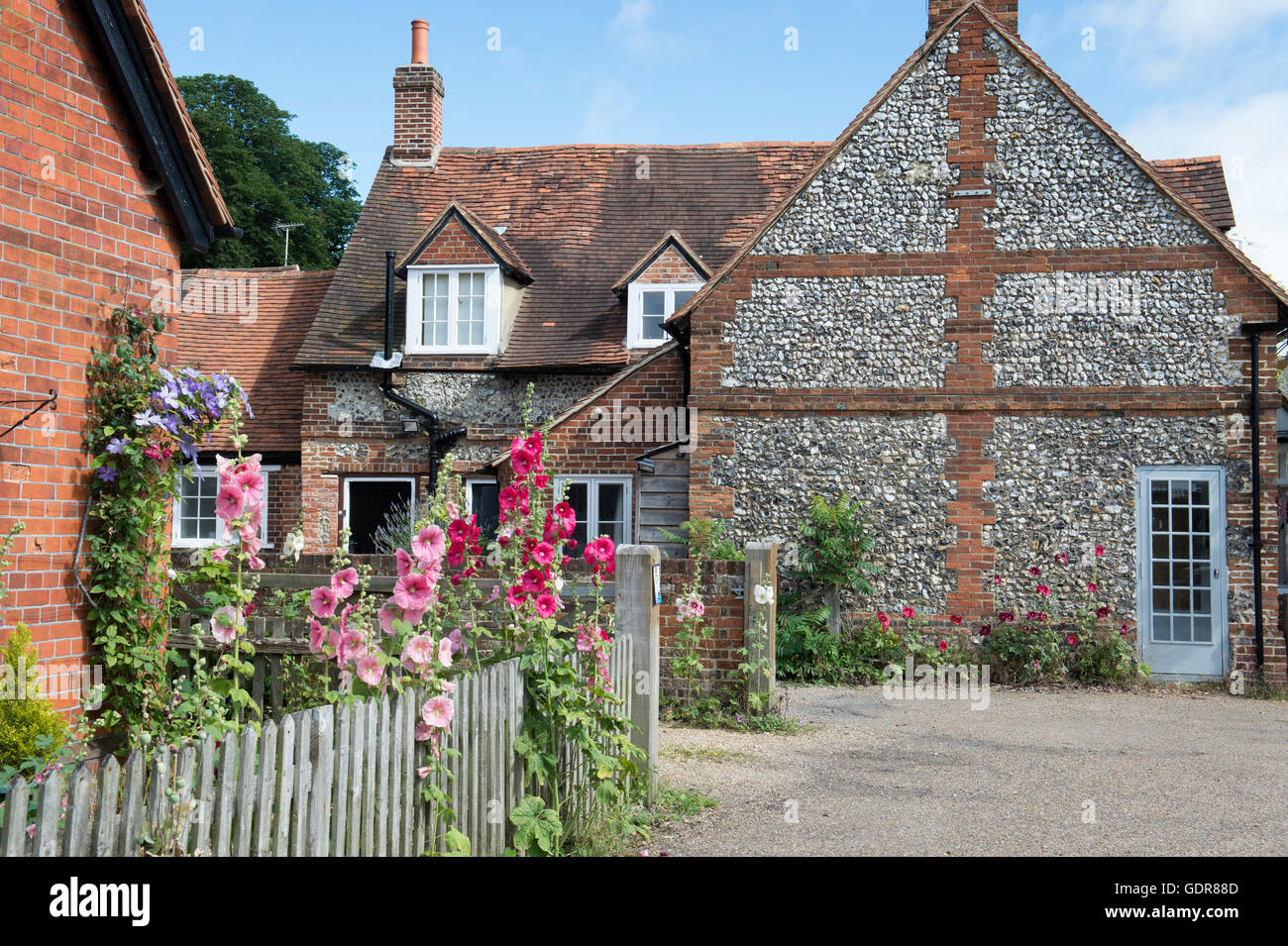 Cottages in Hambleden village in summer, Buckinghamshire, England Stock Photo