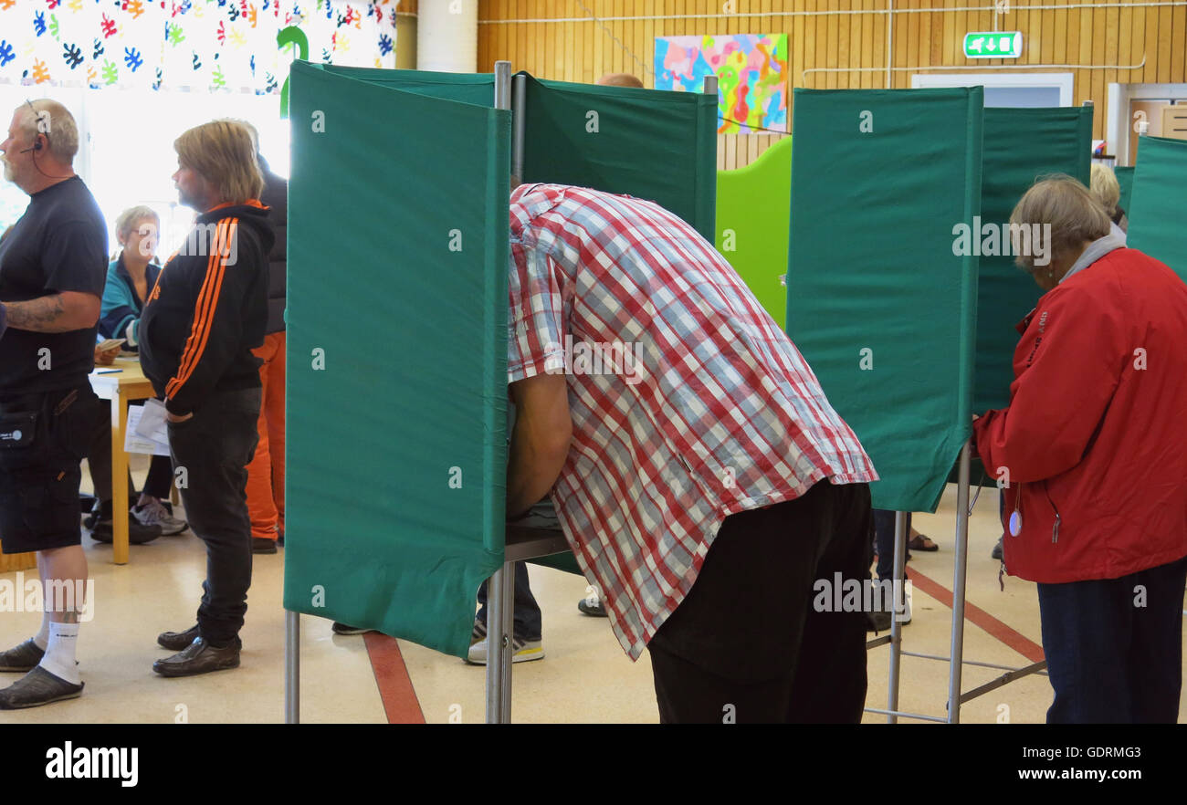 People who vote during election day - Stock Image