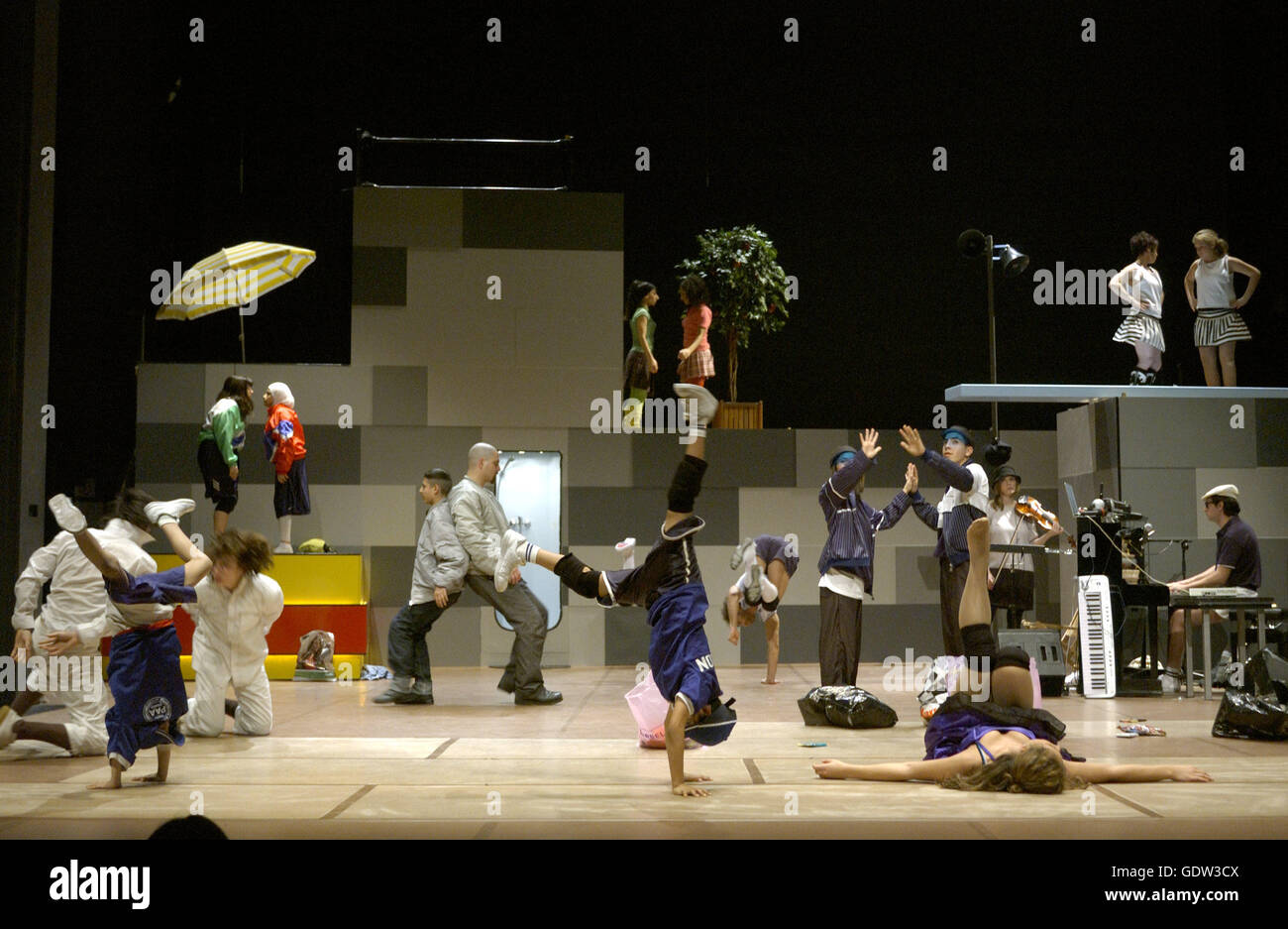 'Hell on Earth', directed and choreographed by Constanza Macras - Stock Image