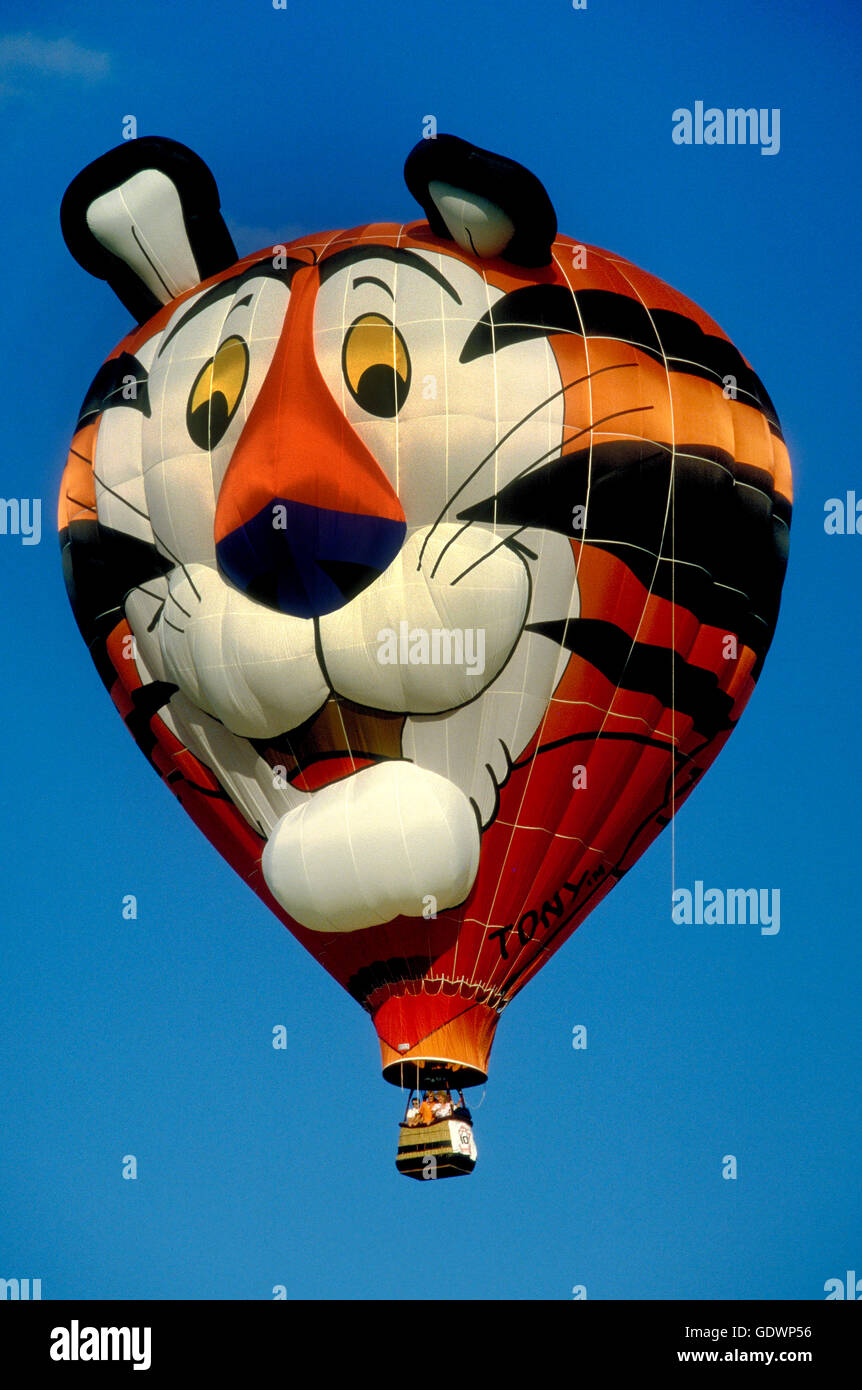 ef04d99d4d  Tony the Tiger  of Kelloggs special shape hot air balloon at the  Albuquerque International