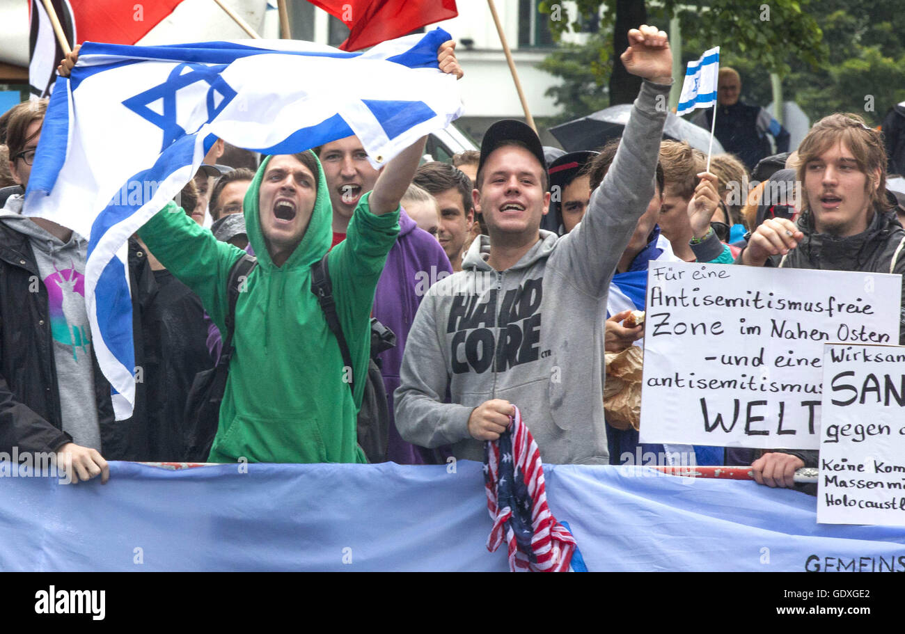 Pro-Israel demonstration at the Al-Quds Day in Berlin, Germany, 2014 - Stock Image