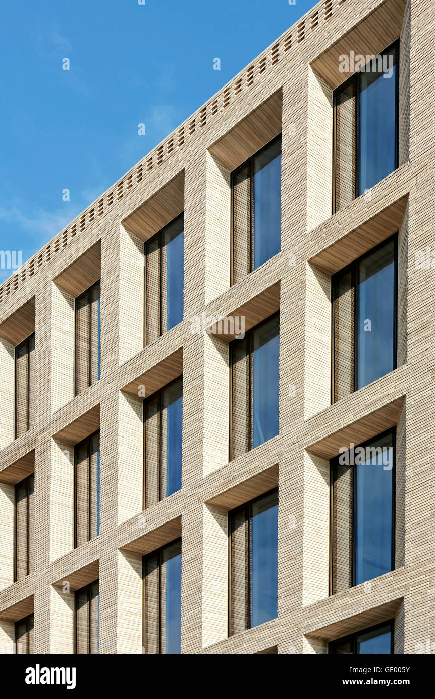 detail of brick facade turnmill building london united kingdom architect piercy company 2015