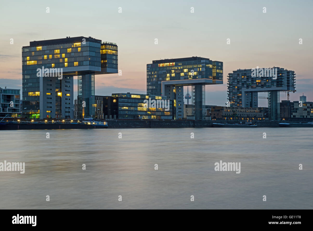 geography / travel, Germany, North Rhine-Westphalia, Cologne, crane houses in the Rheinauhafen, view from Koeln Stock Photo
