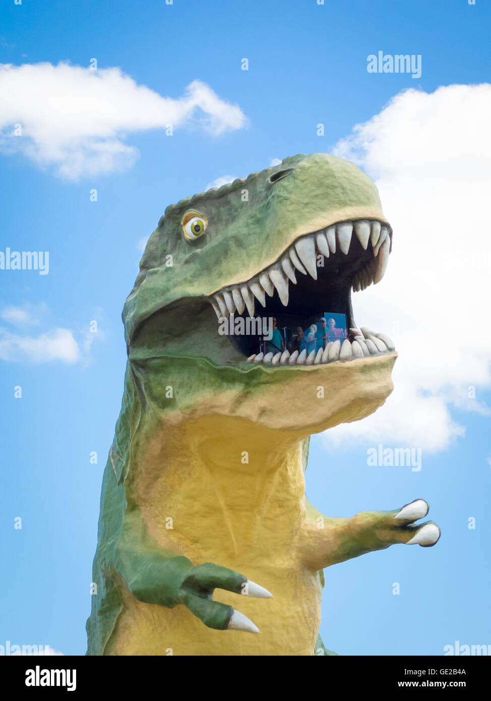 The World's Largest Dinosaur - a 82-foot (46 m) high Tyrannosaurus rex - rises above Drumheller, Alberta, Canada. - Stock Image