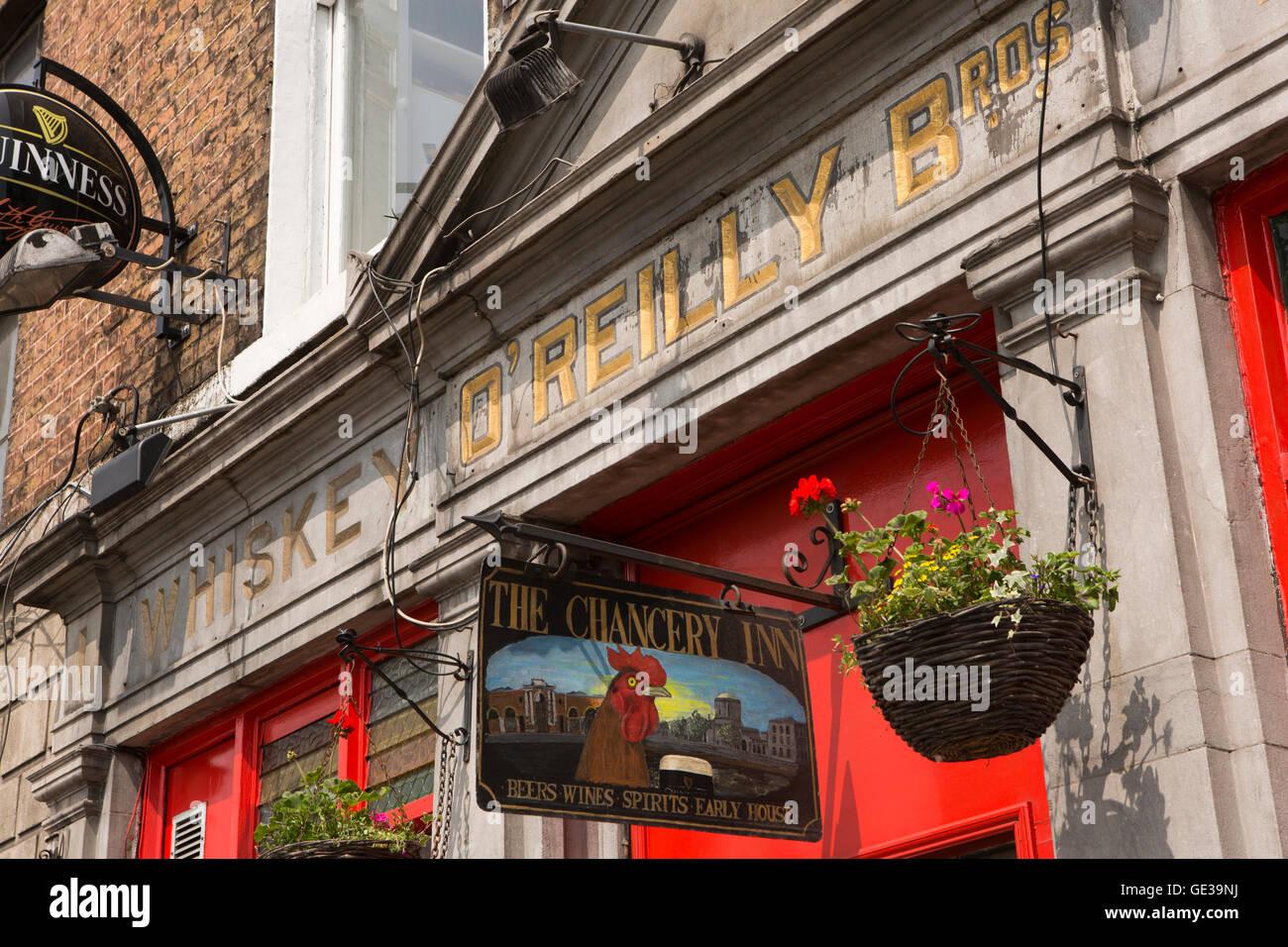 Ireland, Dublin, Inns Quay, O'Reilly Brothers, the Chancery Inn, city centre public house Stock Photo